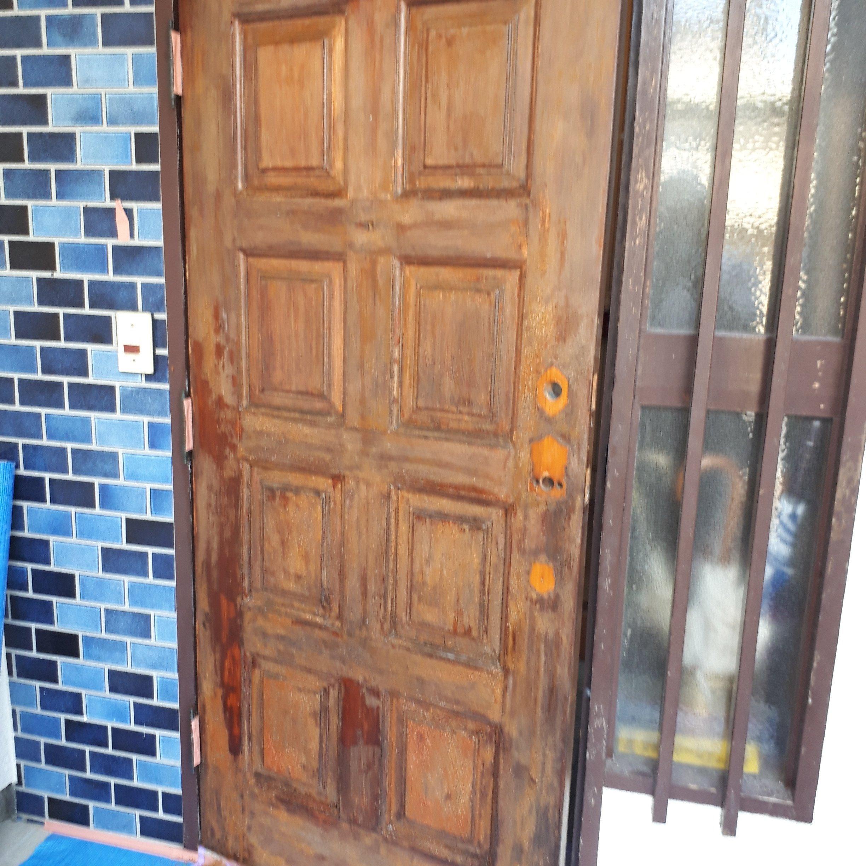 玄関の扉 塗装工事